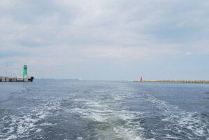 Falochron Wschodni - widok z perspektywy morskiej