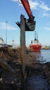 Nabrzeże Flisaków - roboty przygotowawcze
