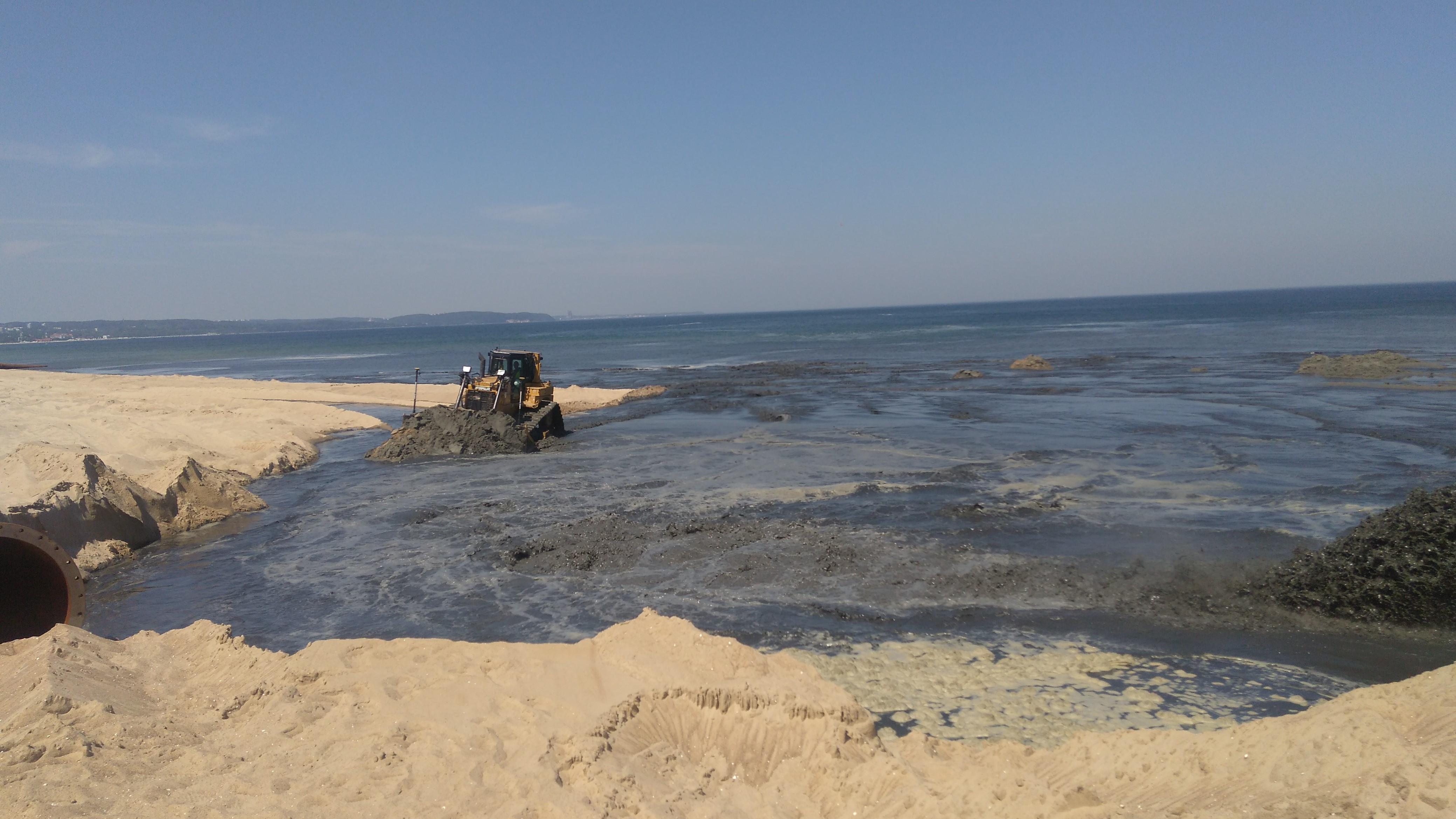 Refulacja plaży w Jelitkowie
