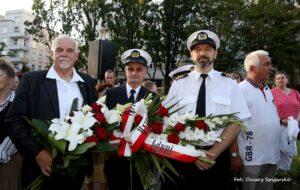 Złożenie wieńca pod Płytą Pomnika Marynarza Polskiego