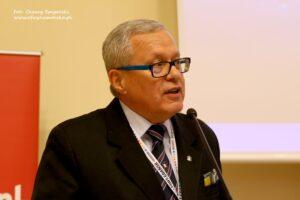 Przemawia kpt. ż.w. Wiesław Piotrzkowski
