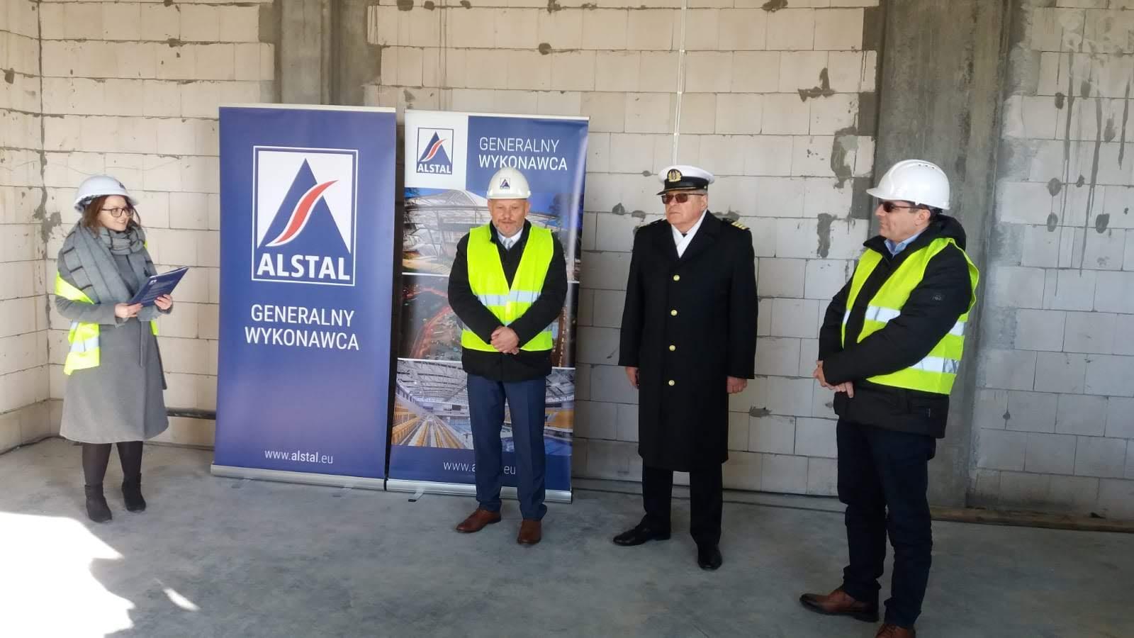 kpt.ż.w. Wiesław Piotrzkowski, Dyrektor urzędu Morskiego w Gdyni podczas wiechy na budynku BON