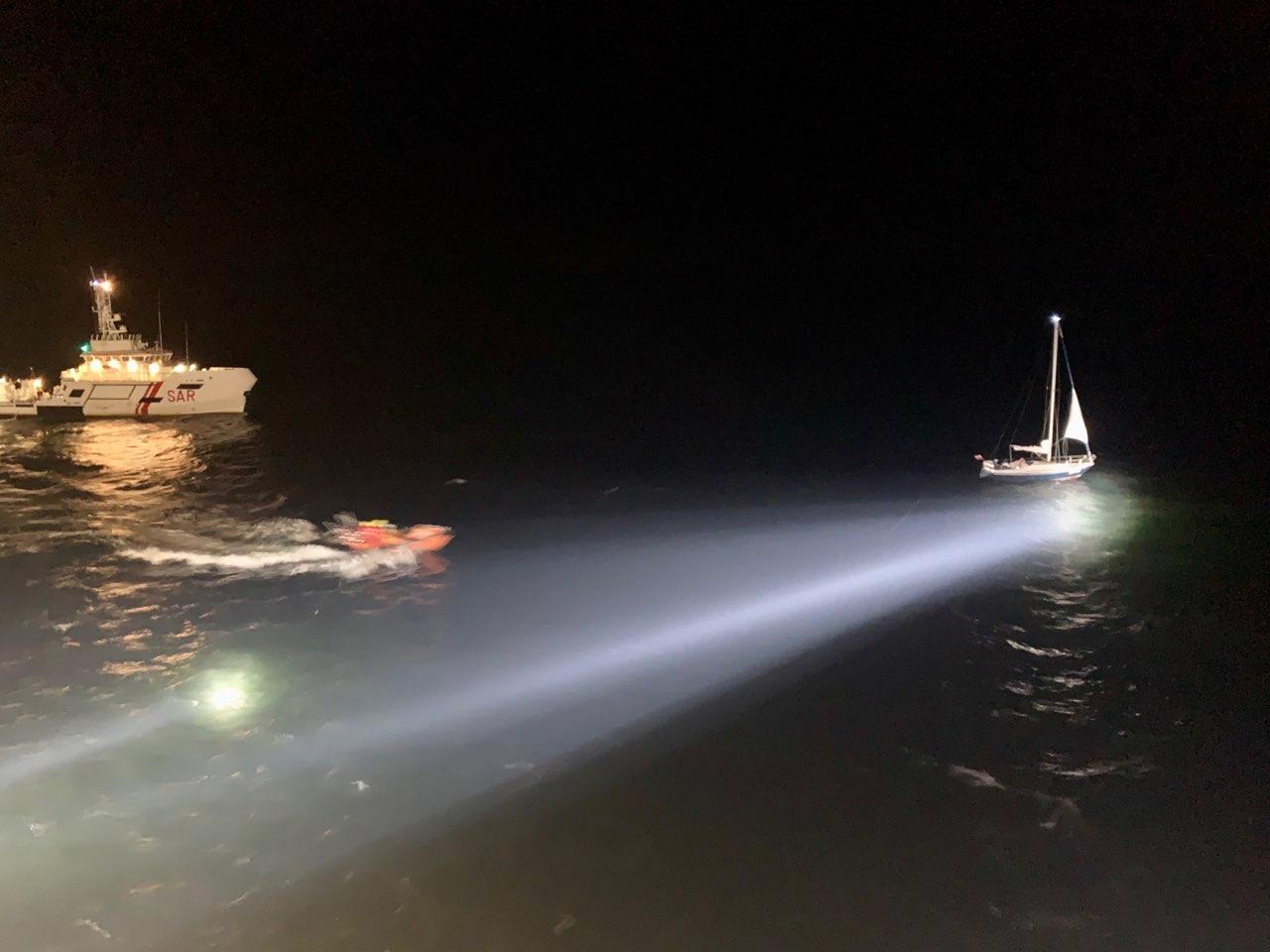 ZODIAK II w nocnej akcji na Zatoce